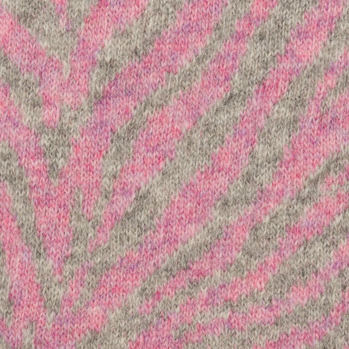 ウール&アンゴラ混×幾何学模様(ピンク&グレー)×ジャガードニット イメージ1
