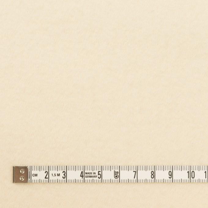 ウール×無地(クリーム)×サージ(圧縮加工) イメージ4