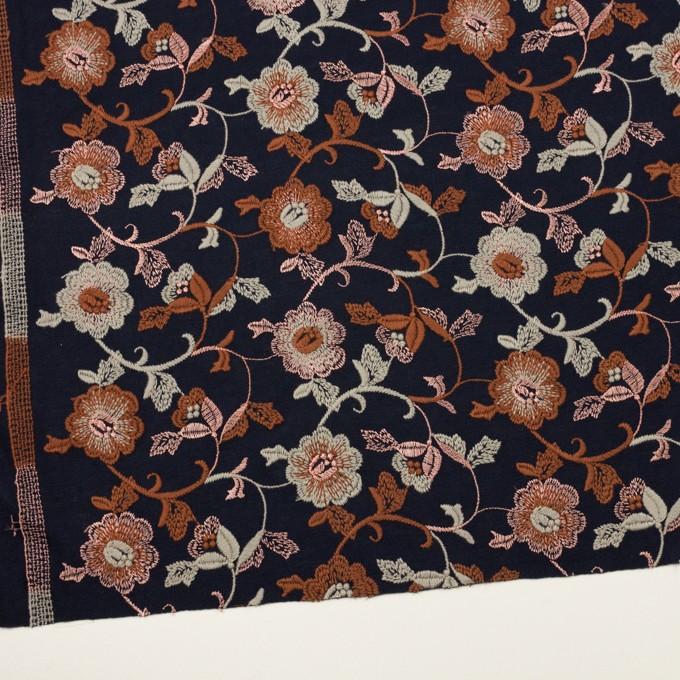 アクリル&ウール混×フラワー(ダークネイビー、レンガ&アトモスグリーン)×スムースニット刺繍 イメージ2