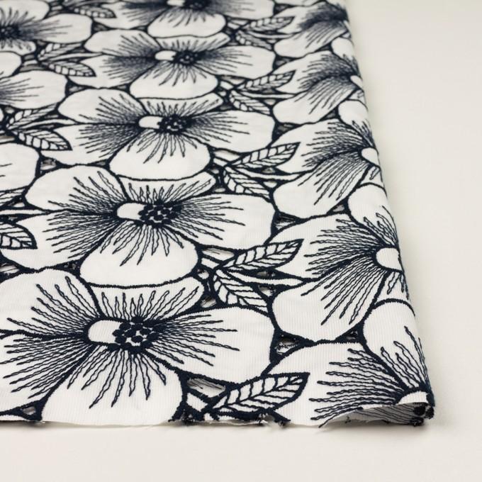 コットン×フラワー(ホワイト&ネイビー)×ピケ刺繍 イメージ3