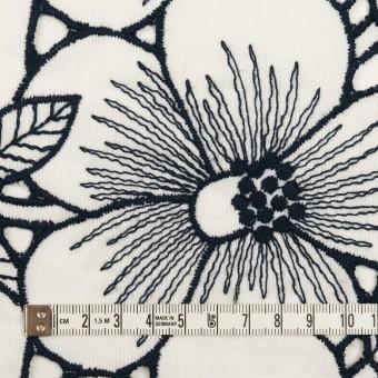 コットン×フラワー(ホワイト&ネイビー)×ピケ刺繍 サムネイル4