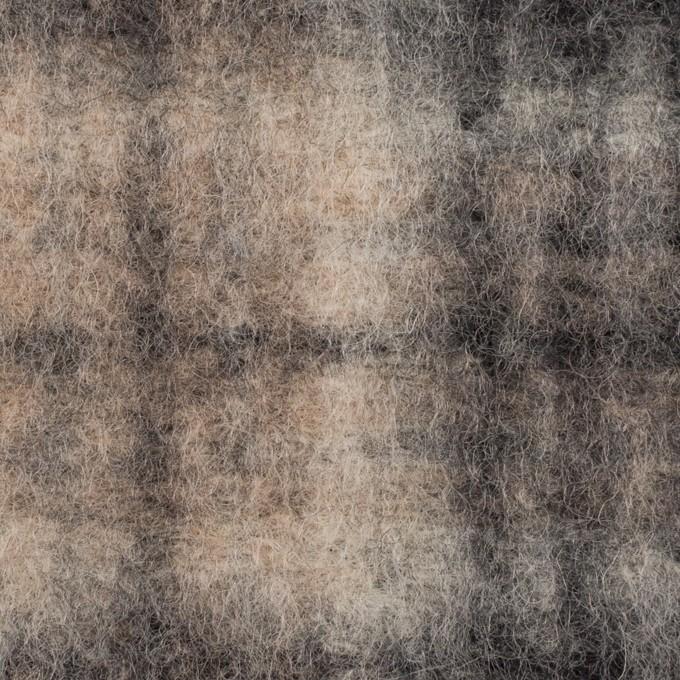 ウール&ポリエステル×チェック(アッシュブラウン&チャコール)×フリースニット イメージ1