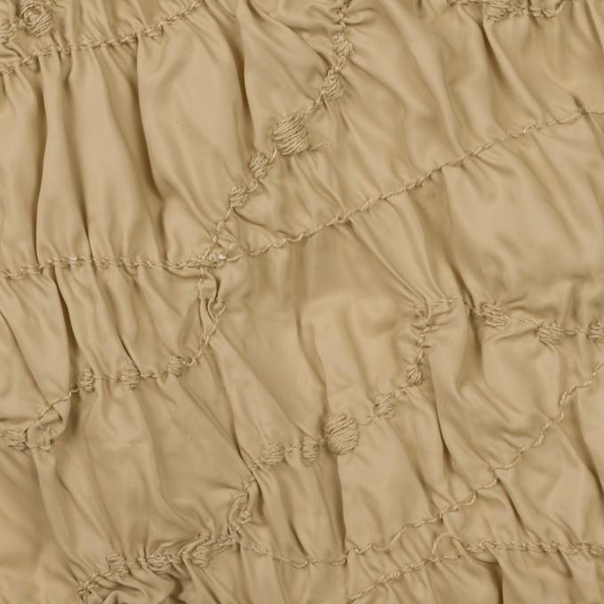 ポリエステル×幾何学模様(カーキベージュ)×タフタシャーリング刺繍 イメージ1